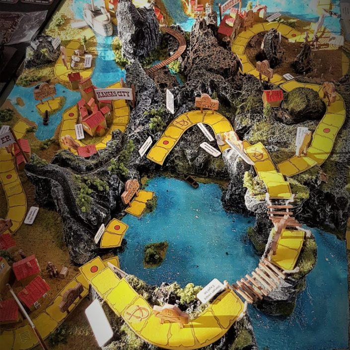 Az Ezüst-tó kincse társasjáték 3D-s terepasztala
