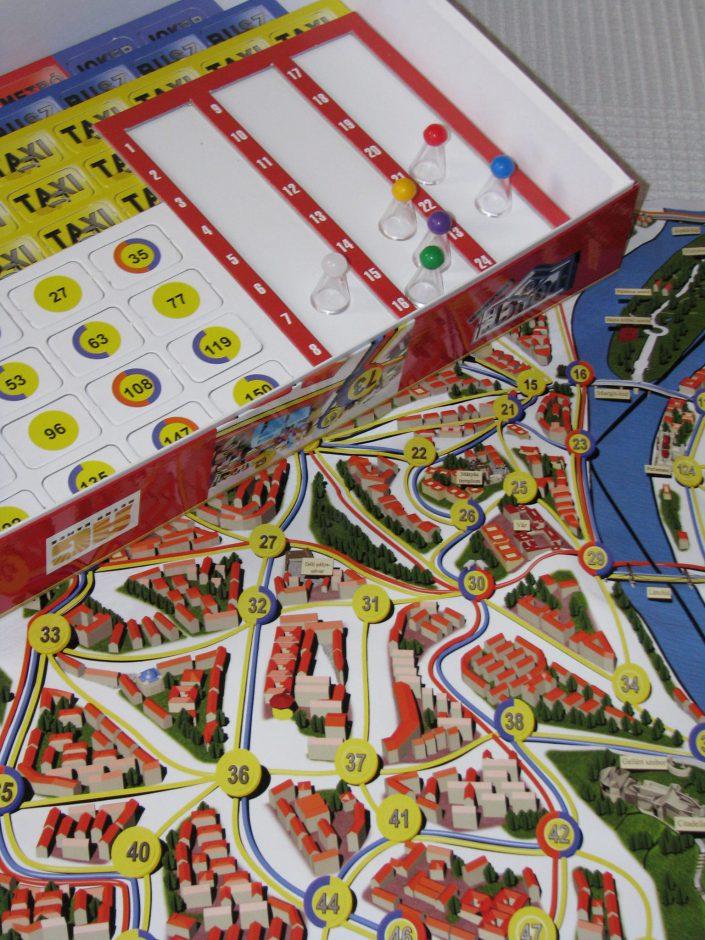 Police 07 Reloaded társasjáték - mi van a dobozban?